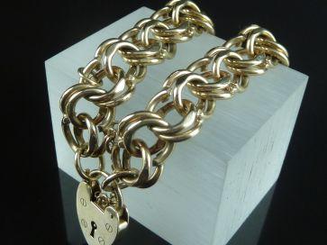 HEAVY YELLOW GOLD BRACELET