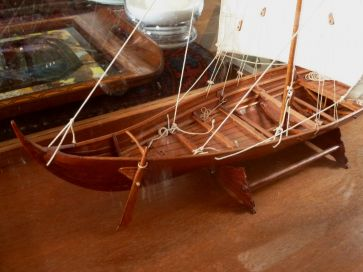 CASED VIKING LONGBOAT MODEL