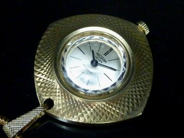 MEDANA PENDANT WATCH