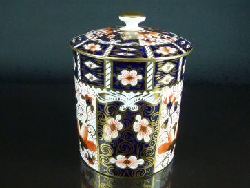 ROYAL CROWN DERBY LIDDED JAR