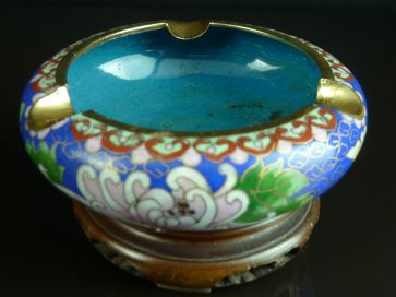 CLOISONNE ASHTRAY ON STAND