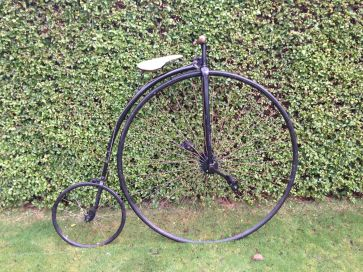 PENNY FARTHING - HIGH BICYCLE