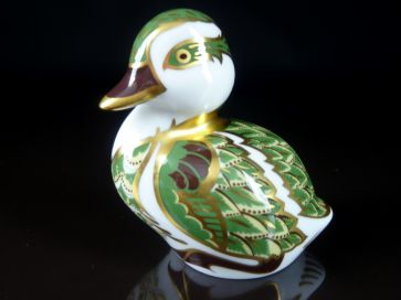CROWN DERBY DERBYSHIRE DUCKLING