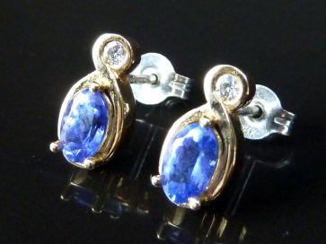 18ct TANZANITE & DIAMOND EARRINGS