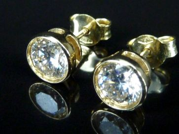 DIAMOND STUD EARRINGS .75Ct EACH