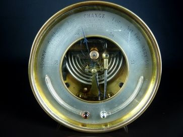 BRASS BAROMETER WITH TWIN THERMOMETERS