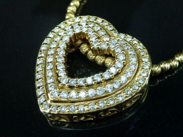 DIAMOND HEART PENDANT & CHAIN