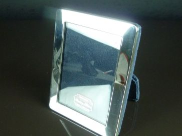 SILVER PHOTO FRAME 105mm x 81mm