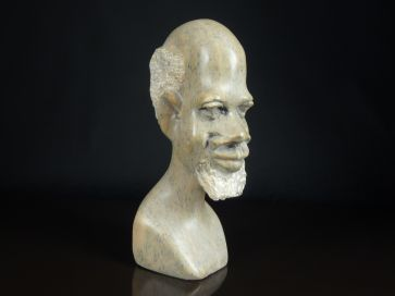 SOAPSTONE NATIVE HEAD CARVING