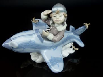 LLADRO OVER THE CLOUDS #5697