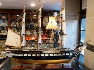 HMS TRINCOMALEE WOODEN FRIGATE MODEL