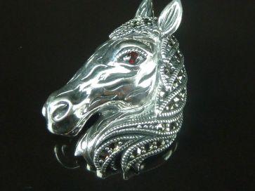 SILVER HORSE PENDANT BROOCH