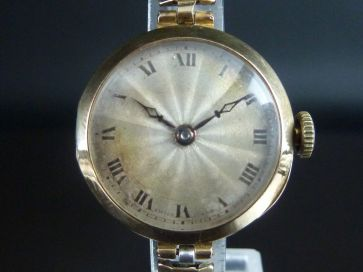 ROLEX 15CT GOLD LADIES WATCH 1922