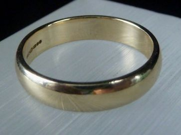 GOLD BAND RING - SIZE N