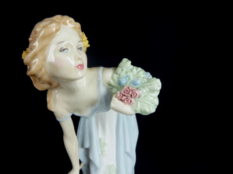 Watt S Antiques Royal Doulton Summer S Darling