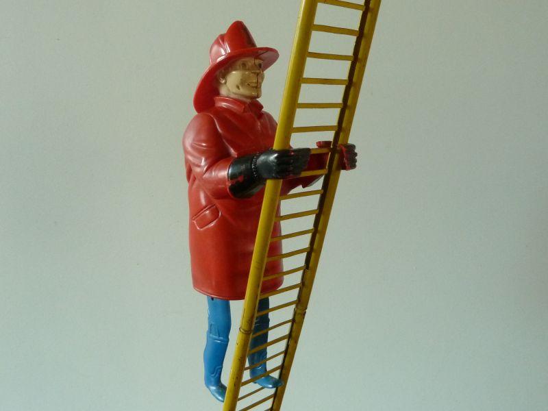 Watt S Antiques Climbing Fireman Vintage Clockwork Toy
